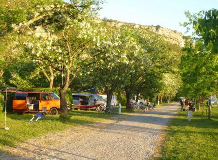 Emplacements Grandeur Nature | Camping La Turelure 3 étoiles Ardèche