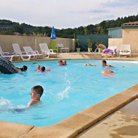 La piscine | Camping La Turelure 3 étoiles Ardèche