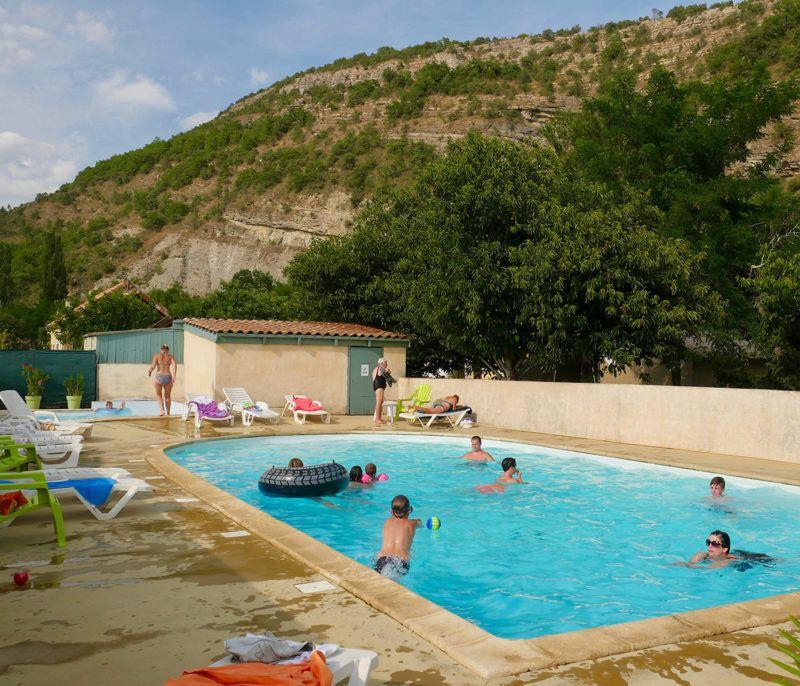 Camping la turelure 3 toiles avec piscine et rivi re en Camping ardeche 3 etoiles avec piscine