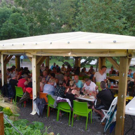 L'espace snack / terrasse | Camping La Turelure